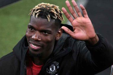 Paul Pogba: Paris Saint-Germain quan tâm đến việc ký hợp đồng với tiền vệ Manchester United